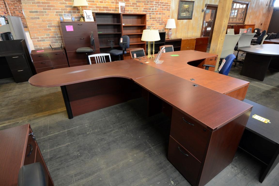 Cherryman Peninsula L Desk