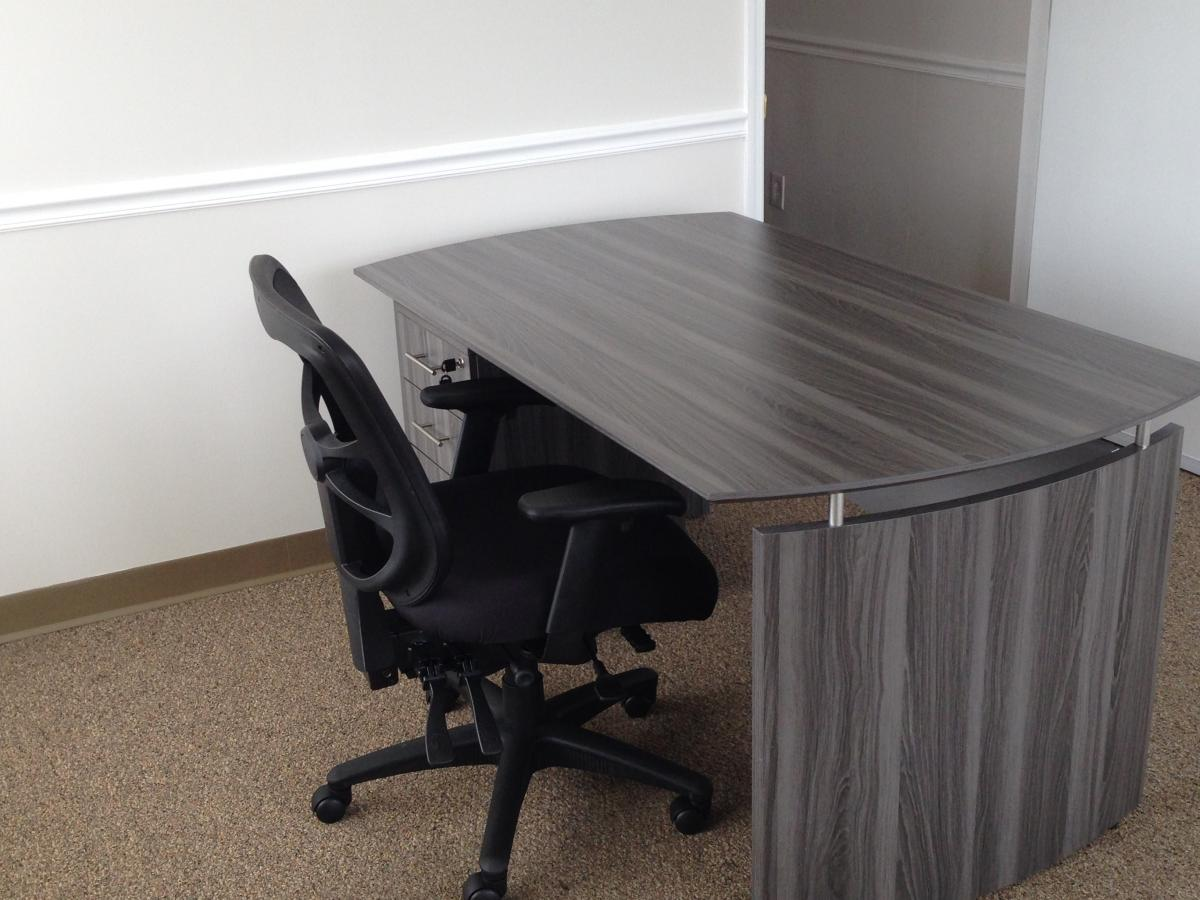 Mayline Medina Desk With Single Pedestal And Alera Task Chair | Nashville Office  Furniture
