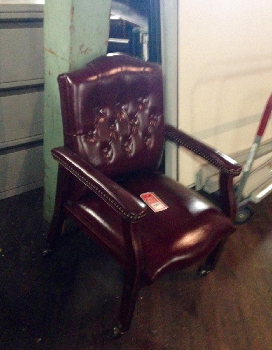 USED Traditional Guest Chair