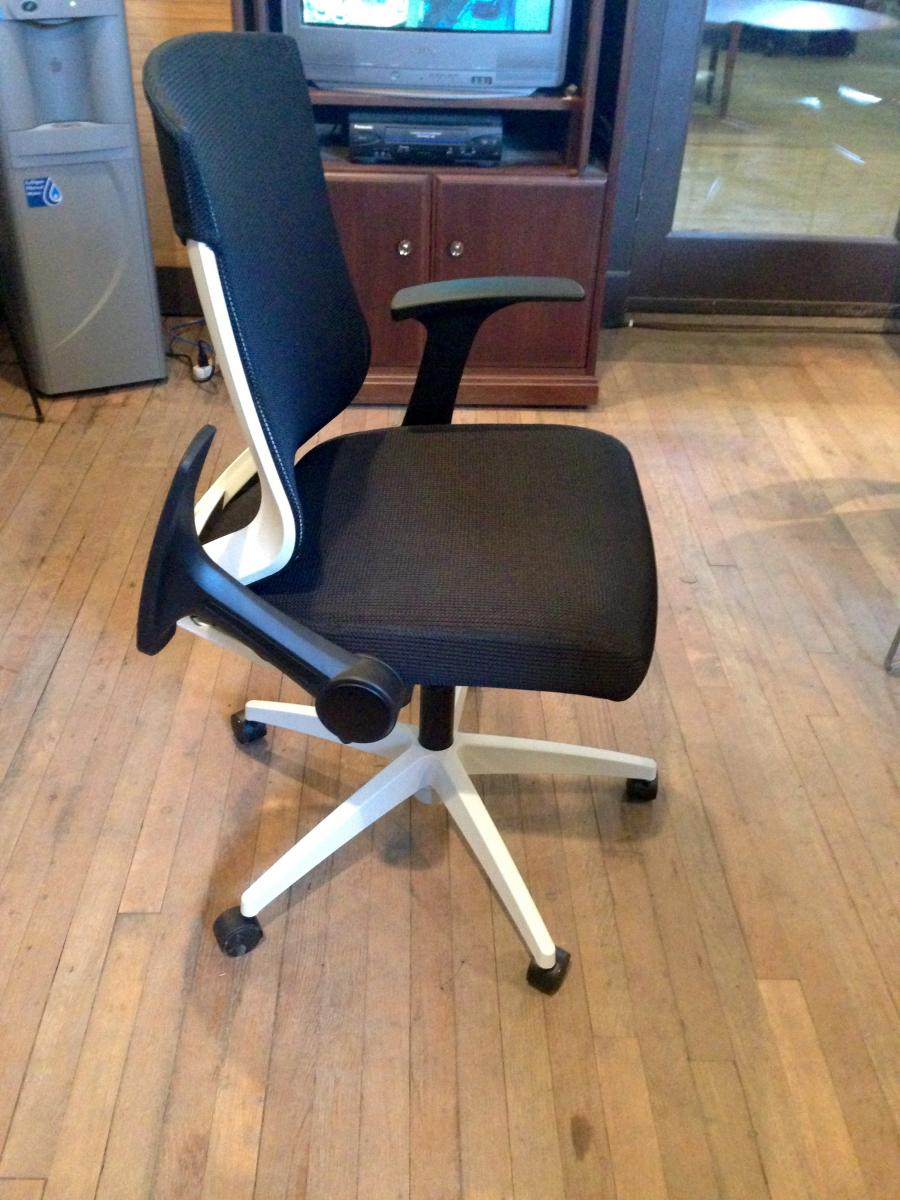 Alera EBK Series Synchro Mid Back Mesh Chair