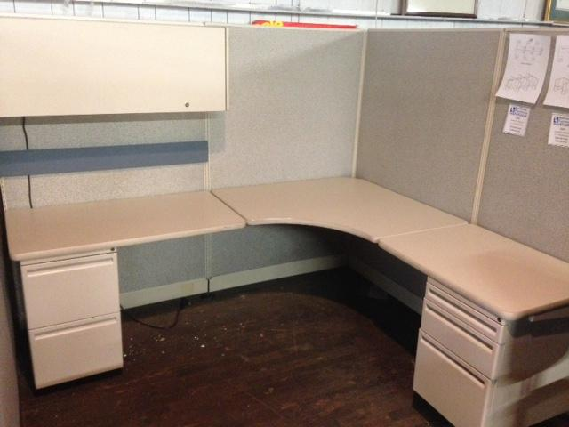 USED Haworth UniGroup 6 x 7 Workstations