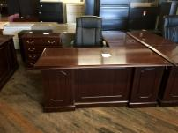 USED DMI Governors Series L Desk - 1139